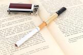 Fume cigarette Dunhill doré CH5202